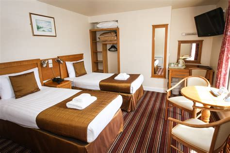 Motel With In Room by Hotel R Best Hotel Deal Site