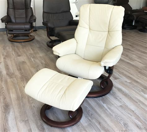 Recliners And Ottomans by Stressless Kensington Large Mayfair Kitt Leather