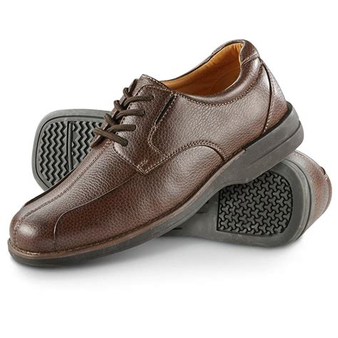 soft shoe s soft stags by deer stags 174 stamos shoes brown