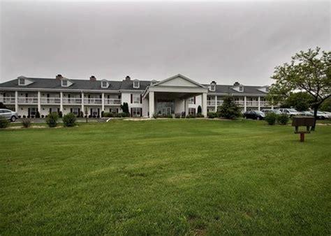 comfort inn fond du lac fond du lac wisconsin hotels motels rates availability