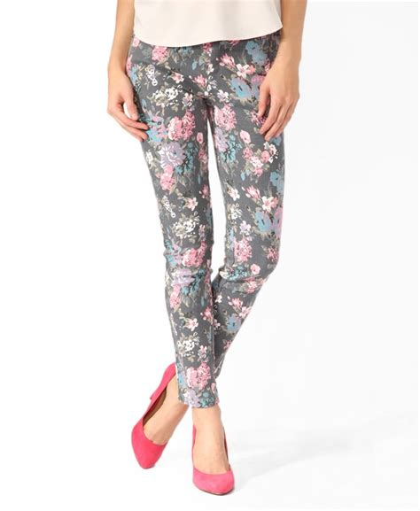 floral pattern skinny jeans 17 best images about floral pants on pinterest flower