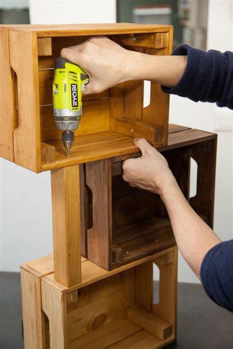 table caisse en bois faire une table de nuit avec des caisses en bois c 244 t 233 maison