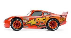 Lightning Mcqueen Car Side View Disney S Lightning Mcqueen In 1 18 Scale By Schuco
