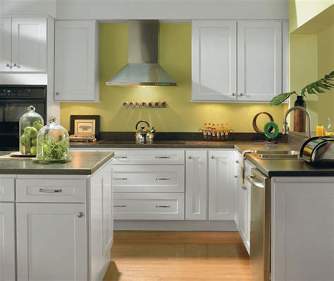 alpine white shaker style kitchen cabinets homecrest
