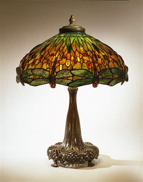 louis comfort tiffany l art nouveau et jugendstil courants artistiques et