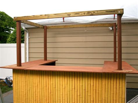 Build A Backyard Pull Up Bar How To Build A Tiki Bar How Tos Diy