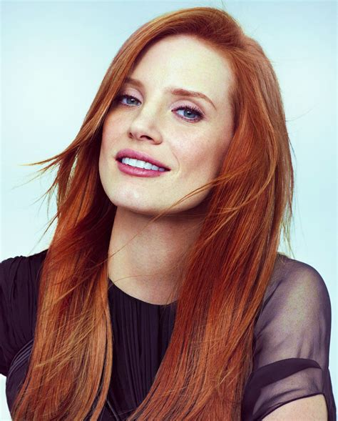 actress with bright red hair jessica chastain wow naturally red hair i m jealous