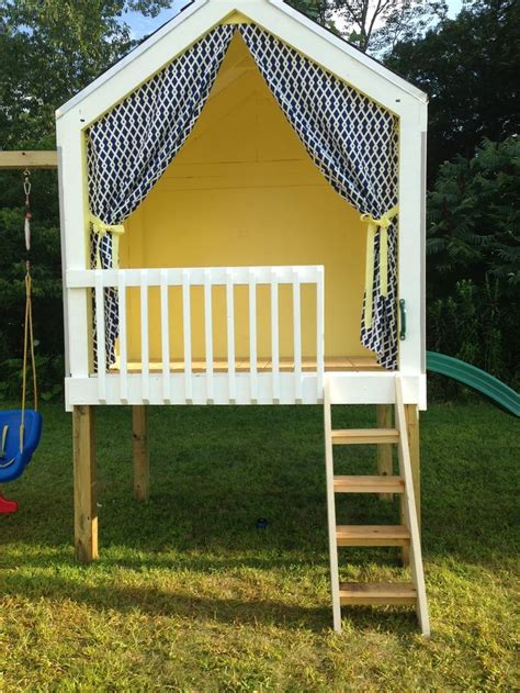 Handmade Home Playhouse - 25 best ideas about simple playhouse on forts