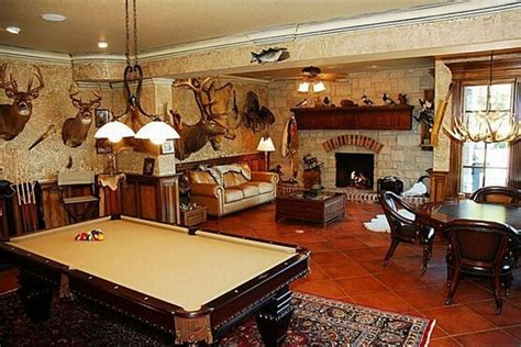 man cave ideas twobertis best hunting man caves let s design the best man cave