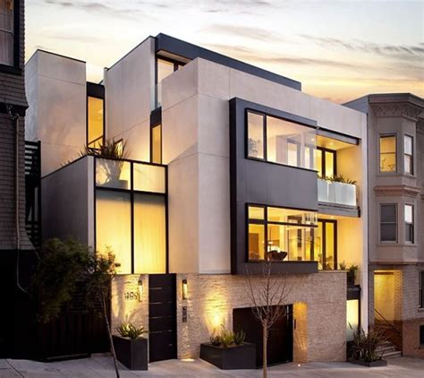 Luxury modern home exterior design of russian hill