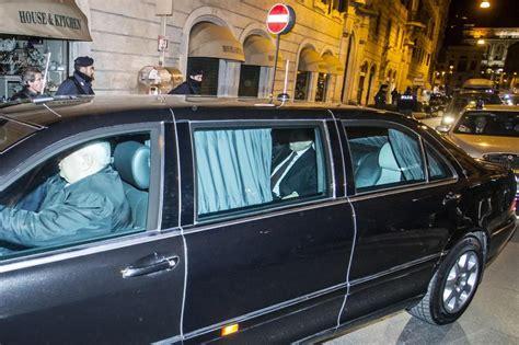 palazzo grazioli interni putin l arrivo a palazzo grazioli in limousine