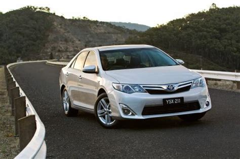 2012 toyota camry hybrid prices reviews and pictures u s news world report 2012 toyota camry hybrid trifecta