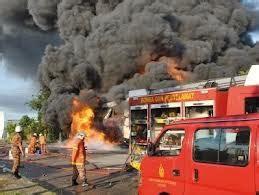 Minyak Yang Baru terkini telaga minyak baru ditemui meletup dan terbakar