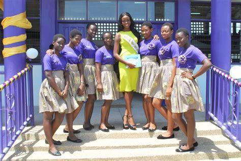 www ghana senior high school girl s h s patoranking com photos naa okailey shooter visits mfantsiman girls