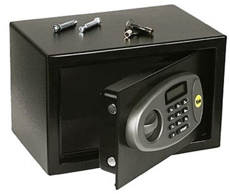 Small Home Safes Uk Yale Small Sized Electronic Home Safe With Lcd Screen