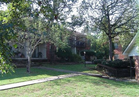 Oakwood Gardens Apartments by Oakwood Gardens Fort Smith Ar Apartment Finder