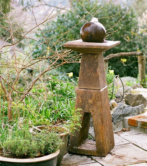 self contained monument fountain castart