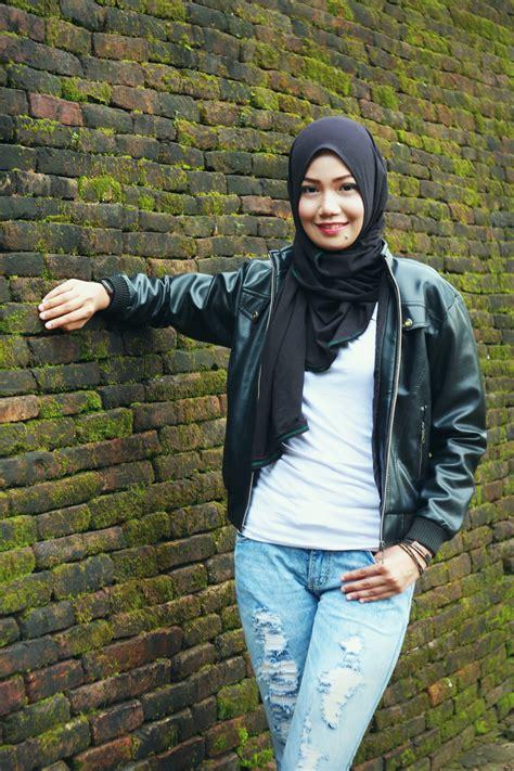 Gamisdress Anak Bahan Denim Dan Jilbab No5 bareng tiara zainal model cantik makassar