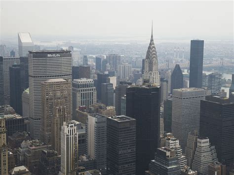 Manhattan Property Records Manhattan Apartments Selling At Record Pace And Price