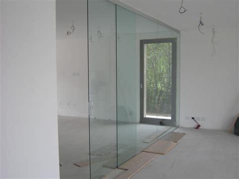 porte scorrevoli in cristallo prezzi foto parete divisoria sala cucina in cristallo
