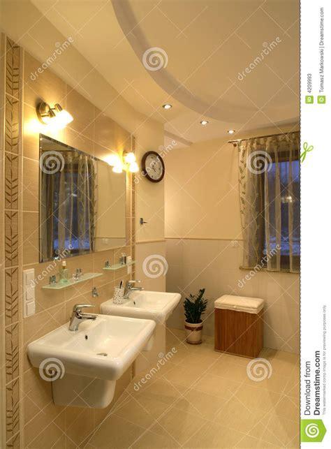 stanze da bagno di lusso stanza da bagno di lusso immagine stock immagine di bagno