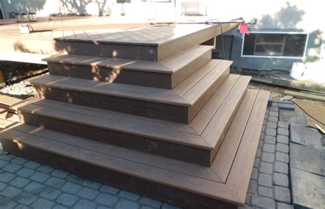 Deck Corner Stairs Design Photo Gallery