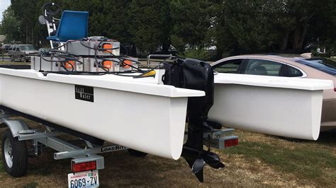 boat motors have a boat equipped with a new electric outboard motor crushes