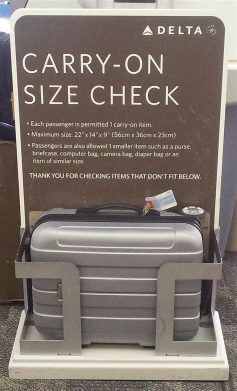 carry on baggage carry on bag policy united airlines airline carry on luggage size rules
