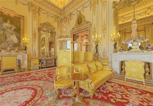 buckingham palace bedrooms have a royal weekend modmissy