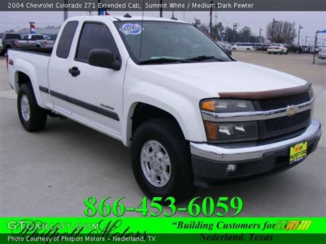 summit white  chevrolet colorado  extended cab