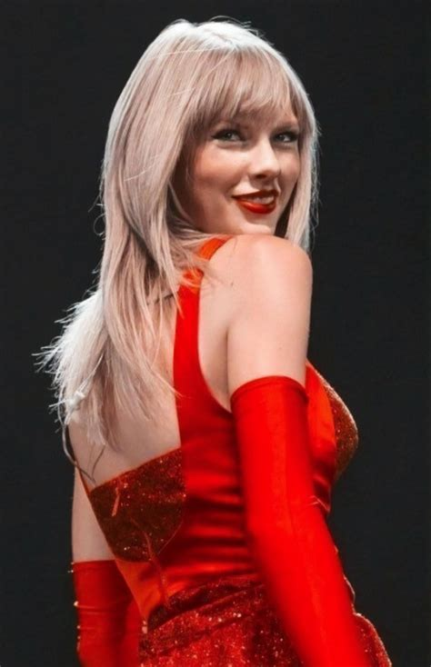 sexy red taylor swift  taylor swift instagram
