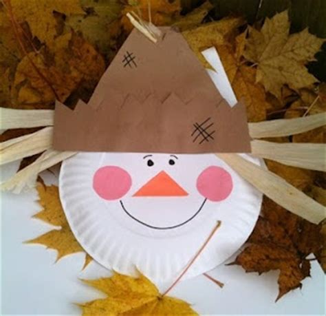 Paper Plate Scarecrow Craft - scarecrow craft fall projects