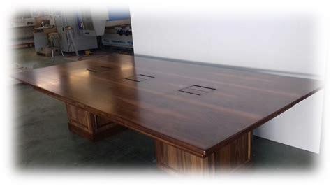 tavoli su misura realizzazione tavoli in legno su misura tavoli in legno