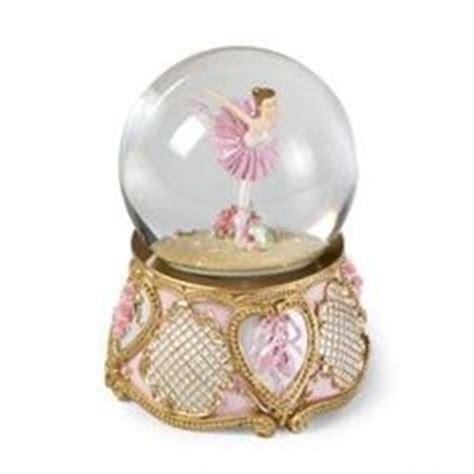 balmwg 004 turning ballerina musical snow globe plays serenade by shubert ballerina waterglobe ballet gifts ballerina globe and water globes