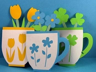 tarjetas en forma de taza manualidades reciclables tarjetas tazas con flores para el d 237 a de la madre