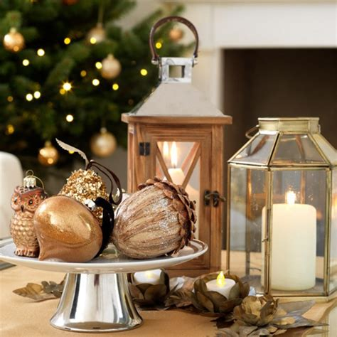 christmas table decoration ideas bauble displays woman