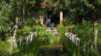 gardens the lost gardens of heligan
