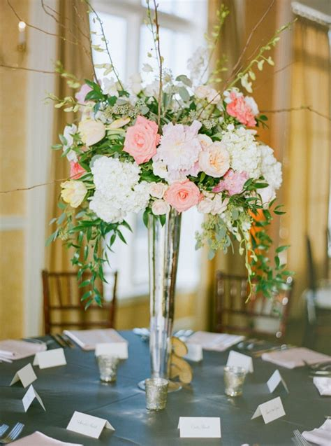 Centerpiece Flower Arrangements For Weddings by 7 Tips To Diy Wedding Floral Arrangements Wedding