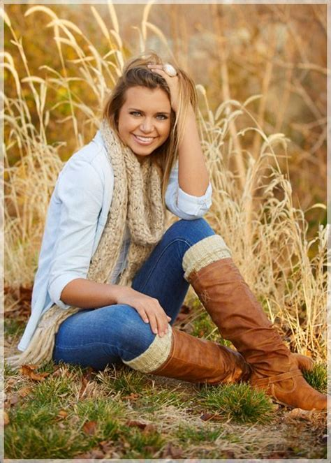 7 Fall Photo Poses by Best 25 Fall Senior Pictures Ideas On