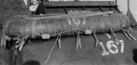 boat detailing float detailing the italeri 1 35 pt 109 kit