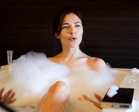 nina kraviz causes controversy with a bubble bath pelski