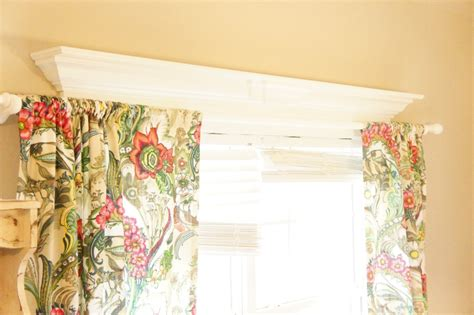 hanging curtains on windows with molding how to hang curtain rods on windows with decorative