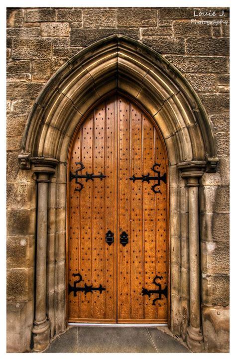 medieval doorway  doors   house  medieval