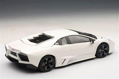 Lamborghini Reventon White Autoart Lamborghini Reventon Matt White 74594 In 1 18