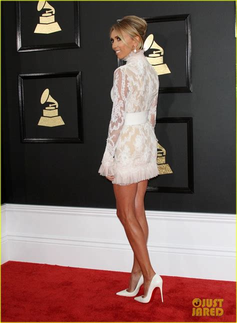 Carpet Ready For The Grammys by Seacrest Giuliana Rancic Are Carpet Ready At