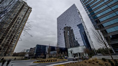 faceted glass curtain wall system photos inside atlanta s first new office tower in ages