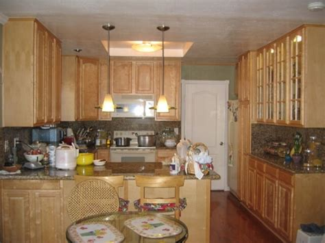 kitchens with light maple cabinets warmth and light maple cabinets kitchen