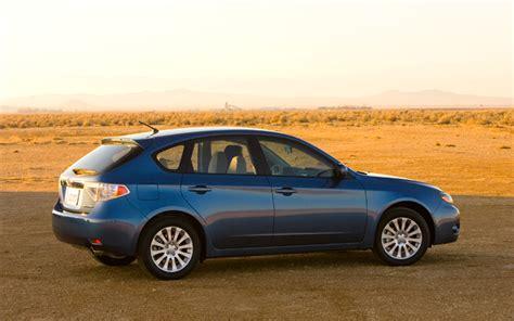 used 2008 subaru impreza 2 5i hatchback 2008 subaru impreza 2 5i first look motor trend