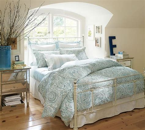 paisley bedroom ideas shabbyhouse designs get the look a desperate housewives