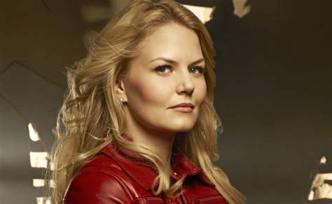 Emma Swan Costume   DIY Guides for Cosplay & Halloween